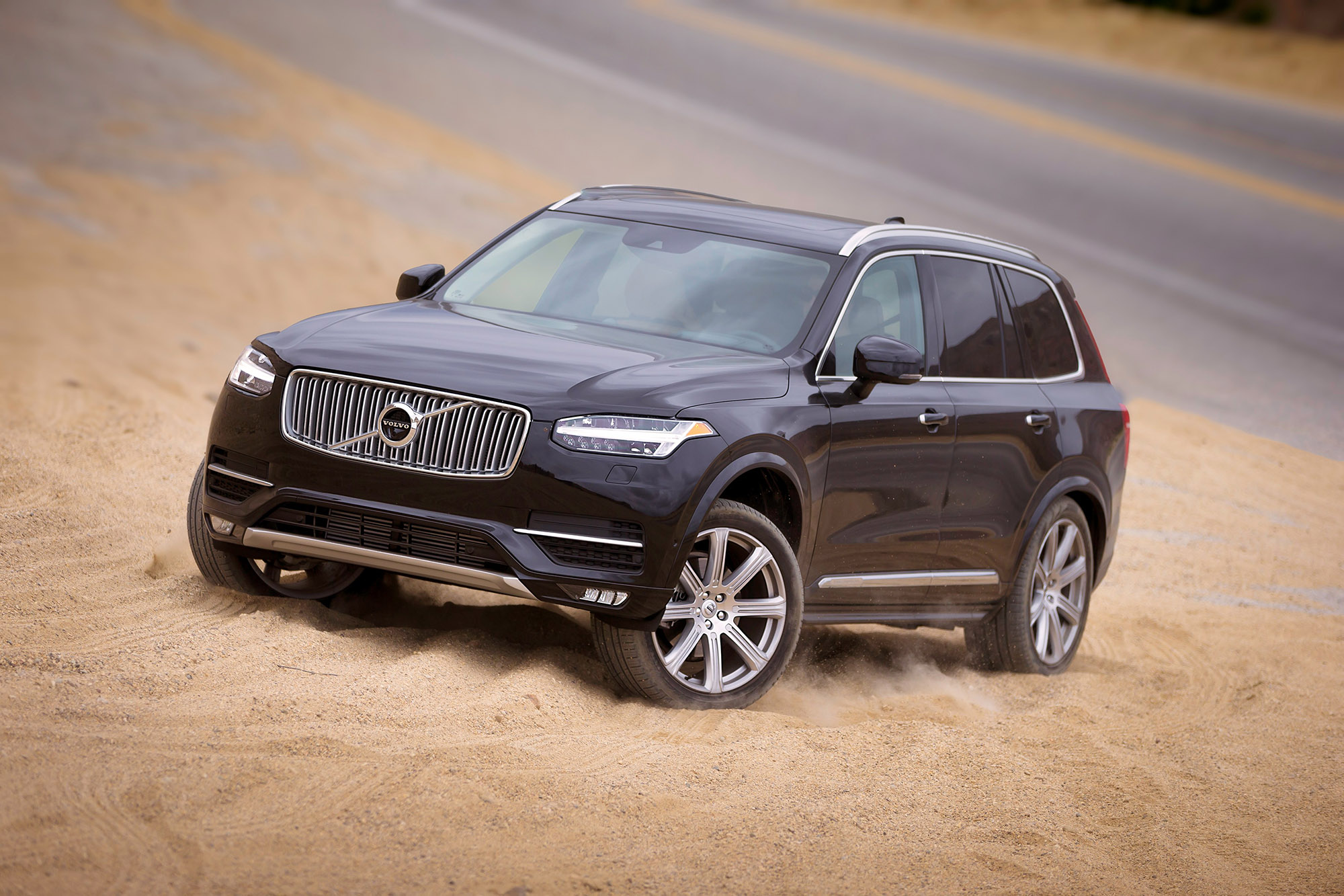 Volvo fights to maintain its comeback momentum thumbnail